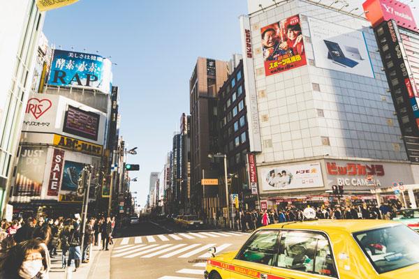 大阪のキャバ嬢と会話を楽しみたいなら!朝・昼キャバがおすすめ